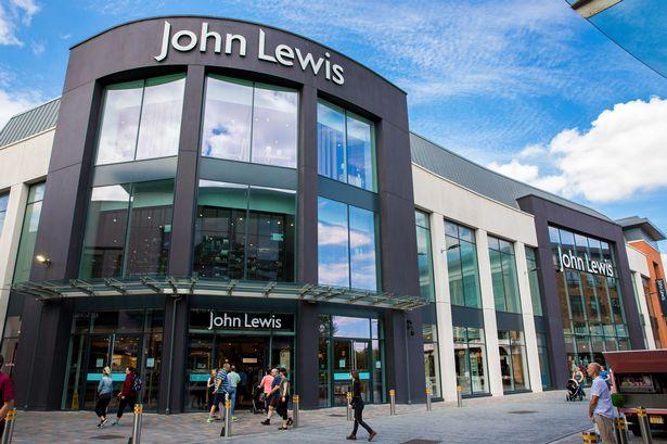 0_John-Lewis